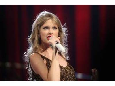 امریکی گلوکارہ ٹیلر سوئفٹ نے پاکستانی طالبہ کا بڑا مسئلہ حل کردیا، مدد کو آگئیں