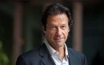 وزیراعظم عمران خان نے اپنا ترجما ن تبدیل کرنے کا فیصلہ کر لیا ، یہ عہدہ اب کسے دیا جائے گا ؟ نام سامنے آ گیا