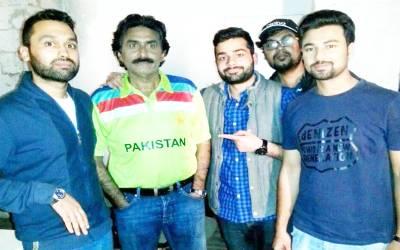 کشمیریوں سے اظہار یکجہتی، وہ پاکستانی سابق کرکٹر جس نے ایل او سی پر احتجاج کا اعلان کردیا
