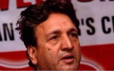 معروف سابق ٹیسٹ کرکٹر عبد القادر انتقال کرگئے
