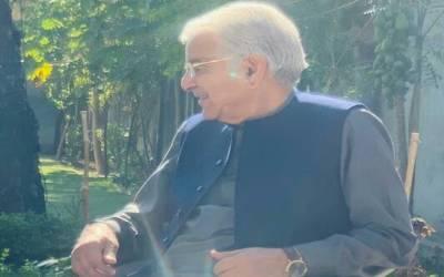 'مریم کی خاموشی میں مصلحت، نواز شریف نے یہ غلطی کی' خواجہ آصف نے ڈیل کے بارے میں بھی اہم بات بتادی