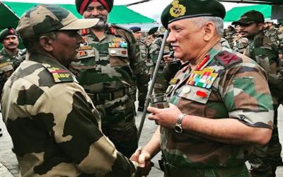 'پاکستان نے ایک بار پھر بالا کوٹ میں دہشتگردوں کا کیمپ ایکٹو کردیا ہے اور ۔۔۔ ' بھارتی آرمی چیف ایک بار پھر اپنی فورسز کو ذلیل کرانے کی تیاری کرنے لگے