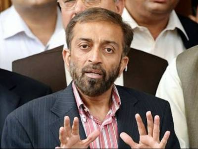 """""""کراچی میں آوارہ کتوں کی بہتات اور ڈینگی کی ذمہ داری بھی سرفراز احمد پر ڈال دینی چاہئے کیونکہ۔۔۔"""" فاروق ستار نے بھی 'چھکا' مار دیا"""