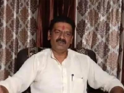 ہندو برادری برتن اور سونے چاندی کے زیورات خریدنے کی بجائے تلواریں خریدے کیونکہ ۔۔۔۔بھارتی حکمران جماعت کے انتہا پسند رہنما نے ایسا بیان جاری کر دیا کہ مسلمانوں میں تشویش کی لہر دوڑ گئی