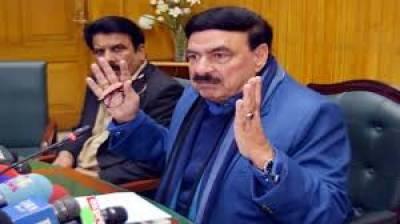 وزیر ریلوے شیخ رشید کا ٹرین حادثے میں جاں بحق افراد کے لواحقین کیلئے 15 لاکھ روپے فی کس امداد کا اعلان