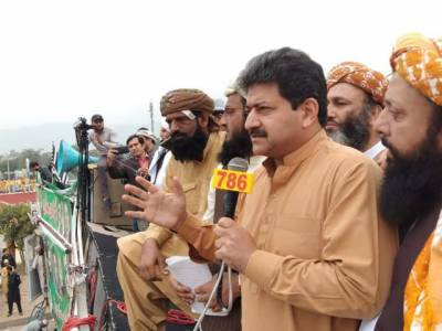 'مولانا فضل الرحمان انتقام پر اترے ہوئے ہیں وہ چاہتے ہیں کہ ان کے خلاف طاقت کا استعمال ہو تاکہ ۔۔۔'حامد میر نے اندر کی بات بتادی
