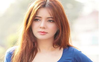 رابی پیرزادہ کی حمایت میں پاکستانی لڑکیوں نے اپنی برہنہ تصاویر سوشل میڈیا پر شیئر کرنا شروع کردیں