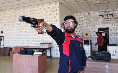 پاکستانی شوٹر غلام مصطفی بشیر نے ٹوکیو اولمپکس کیلئے کوالیفائی کر لیا