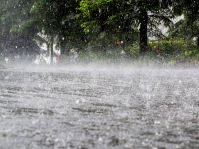 سندھ کے مختلف شہروں میں بارش ، ژالہ باری ،کئی مکانات منہدم