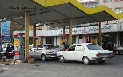 ایران میں پٹرول کی قیمت میں 50 فیصد اضافے پر عوام سڑکوں پر نکل آئے،پرتشدد اقعات میں 14 افراد ہلاک اور درجنوں زخمی