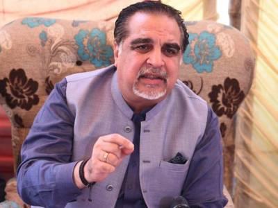 اعتراف کرتا ہوں کراچی کو نظر انداز کیا جارہا ہے:گورنر سندھ