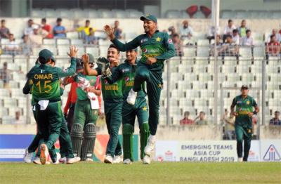 پاکستان نے بنگلہ دیش کو شکست دے کر ایمرجنگ ٹیمز ایشیاءکپ جیت لیا