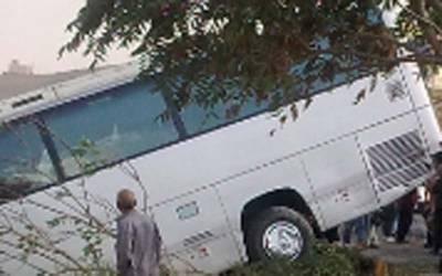 ڈی آئی خان ، ٹریفک کے المناک حادثے میں8 افراد جاں بحق ،20زخمی