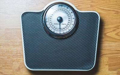 450 کلو وزنی دو خواتین، جب کھانا نہ کھائیں تو کیا ہوتا ہے؟ پریشان کر دینے والی بات بتادی