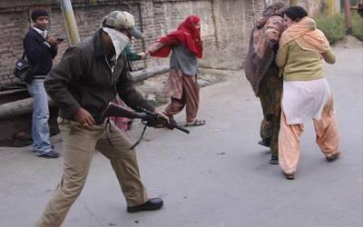مقبوضہ کشمیرمیں بھارتی فوجی محاصرے مسلسل 124ویں روز بھی جاری
