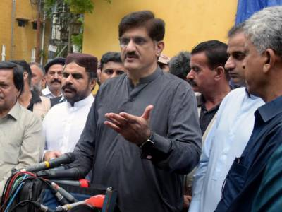 سندھ کے کچھ مایوس لوگ عمران خان سے ملے، گبھرائے ہوئے شخص نے کہا گھبرانا نہیں:مراد علی شاہ