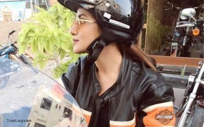 پاکستانی 'موٹر سائیکل گرل' ہولی ووڈ پہنچ گئی