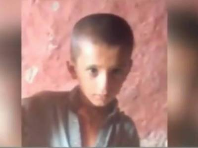 لاڑکانہ میں کتے کے کاٹے سے شدید زخمی6سالہ حسنین 27 دن بعد جان کی بازی ہار گیا،مقامی قبرستان میں تدفین