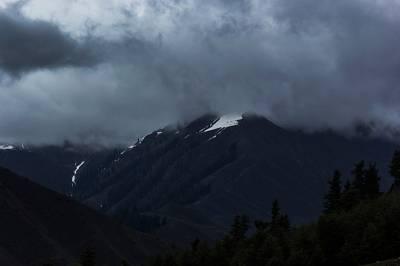بالائی علاقوں میں بارش اور برفباری کا امکان