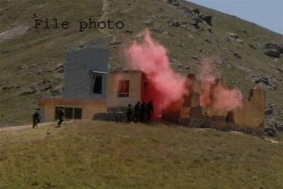 افغانستان میں طالبان کا فوجی بیس پر حملہ، 10 اہلکار ہلاک