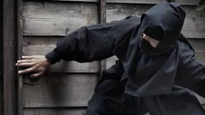 'بہت کنجوس ہے رے تو' تنگ آکر چور مالک مکان کے نام چٹھی چھوڑ کر چلا گیا