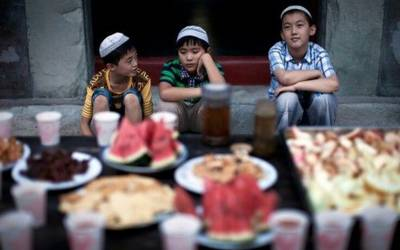 چین میں بڑوں کے بعد مسلمان بچوں پر بھی زمین تنگ ہوگئی، کیا سلوک کیا جارہا ہے؟ دل تڑپا دینے والی تفصیلات سامنے آگئیں