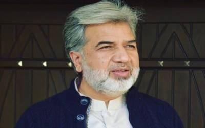 وزیراعظم کو غیر ذمہ دار نہیں بلکہ ذمہ دار صحافیوں سے مسئلہ ہے :انصار عباسی