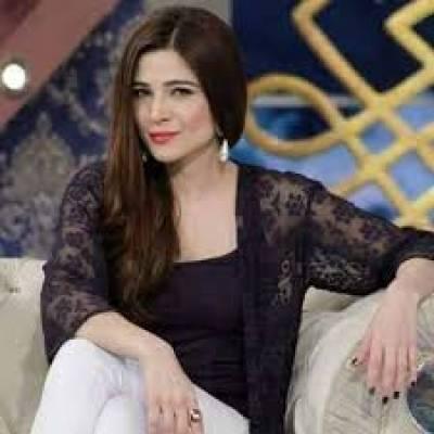اداکارہ عائشہ عمر بھی جنسی ہراسانی کا شکار ہو گئیں