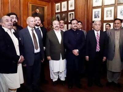 کامیاب حکومتی پالیسیوں کی وجہ سے پاکستان معاشی طور پر مستحکم ہو رہا ہے: چوہدری محمد سرور