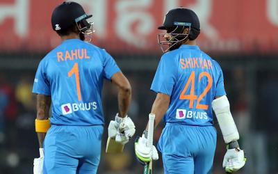 بھارت نے سری لنکا کو 7 وکٹوں سے شکست دیدی