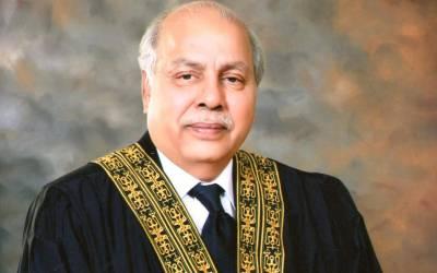 چیف جسٹس کی فخر الدین جی ابراہیم کی قبر پر حاضری