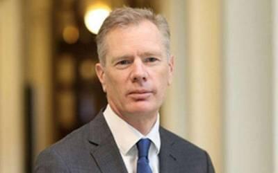 ایران نے برطانوی سفیر کو گرفتاری کے بعد رہا کردیا،امریکا نے معافی مانگنے کا مطالبہ کردیا
