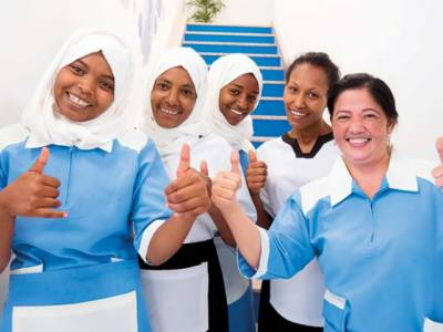 یو اے ای میںگھریلو خواتین ملازمین کی تنخواہ میں اضافے کے ساتھ بھرتی کے لیے نئے اور سخت قوانین متعارف