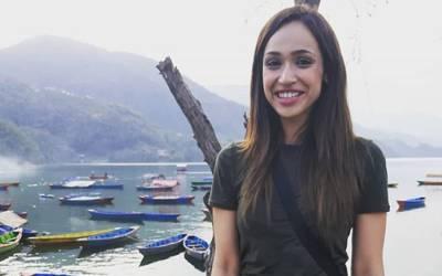 """"""" جب میں آٹھ سال کی تھی تو میرے سوتیلے باپ نے مجھے تین سال تک جنسی زیادتی کا نشانہ بنایا اور۔۔"""" پاکستانی معروف اداکارہ حیران کن بیان جاری کر دیا، ہر کوئی پریشان ہو گیا"""