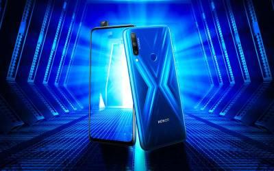 پاپ اپ فرنٹ کیمرے کے ساتھ آنر نے ایکس سیریز کا نیا فون متعارف کروا دیا ، قیمت جان کر آپ فوری خریدنے کی تیاری شروع کر دیں گے