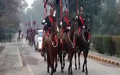 پنجاب پولیس کے 24 گھوڑے 47 لاکھ کا چارہ کھا گئے، ناقابل یقین خبر آگئی
