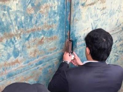 سرکاری آٹے کو بلیک میں فروخت کرنے پر پشاور میں دو فلورملز سیل