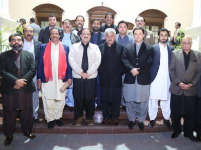 وزیر اعلیٰ عثمان بزدار نے پنجاب اسمبلی کے اراکین کو بڑی خوشخبری سنا دی