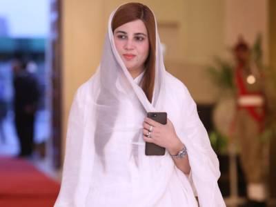 پی ٹی آئی نے بڑے بڑے مگرمچھوں پہ ہاتھ ڈالا، ہم پاکستان سے کرپشن کے خاتمے کے نعرے پرقائم ہیں:زرتاج گل