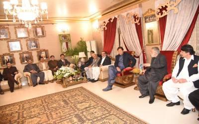 وزیر اعظم نے گورنر سندھ کو جھاڑ پلادی مگر کیوں؟