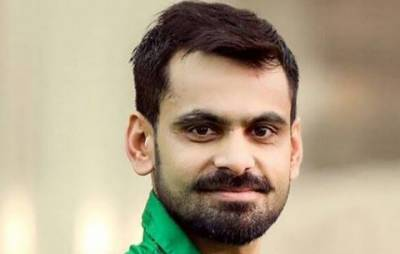 """""""کھلاڑیوں کو اب بتا دینا چاہئے کہ وہ۔۔۔"""" محمد حفیظ نے کارکردگی دکھاتے ہی مطالبہ کر دیا"""