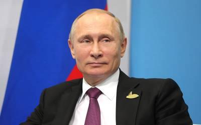 روسی صدر پیوٹن نے بھی 'آیت اللہ خامنہ ای' بننے کی تیاری کرلی