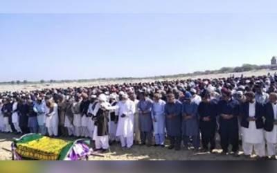 ضلع کونسل عمرکوٹ کے ضلعی چیرمین ڈاکٹر سید نور علی شاہ کی والدہ مختصر علالت کےبعد انتقال کرگئی