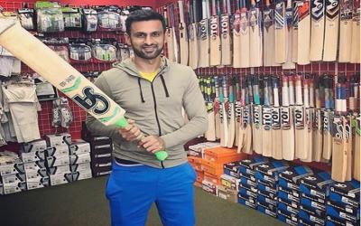 شعیب ملک نے ریٹائرمنٹ کا فیصلہ واپس لے لیا، کب تک کرکٹ کھیلیں گے؟