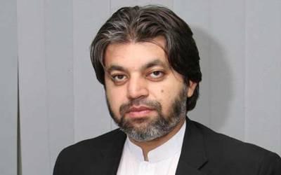 'نعیم الحق کرکٹ کے زمانے سے عمران خان کے ساتھ تھے ، اس آدمی نے کبھی اپنے مفاد کی جنگ نہیں لڑی' علی محمد خان نے مرحوم کی شاندار خوبی بیان کردی