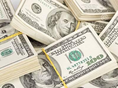 انٹر بینک میں پاکستانی روپے کے مقابلے میں امریکی ڈالر کی قدر میں کتنی کمی ہوئی ؟جانئے