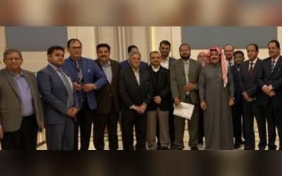 پاکستان انویسٹرز فورم کے وفد کی ریاض چیمبر آف کامرس کے نومنتخب صدر عجلان العجلان سے ملاقات