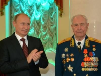 آخری سوویت مارشل یازوف 95سال کی عمر میں انتقال کرگئے