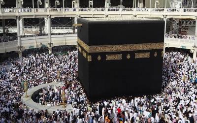 حرم شریف اور مسجد نبوی ﷺکا فرش روزانہ کتنی مرتبہ دھویا جاتا ہے ؟زائرین کی سلامتی کے حوالے سے بڑی خبر آگئی