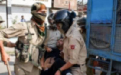 دہلی فسادات میں پولیس کے خاموش تماشائی کا کردار ادا کرنے پر بھارتی صحافی بھی برس پڑے